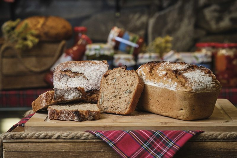 """Хляб лимец 70 % и ръж 30 % с квас и семена """"Слънчев хляб"""" 500 гр. 1"""
