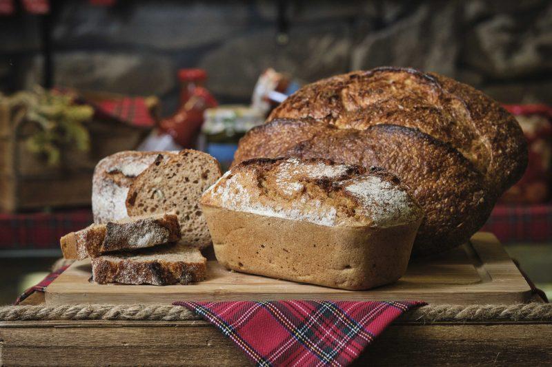 """""""Слънчев хляб"""" 100 % с лимец и квас 700 гр. 1"""