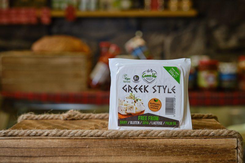 Веган продукт с вкус на гръцка фета GreenVie блок 200 гр. 1