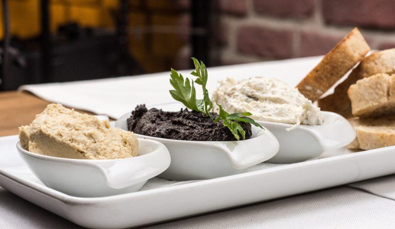 Маслинова паста каламата на килограм. 1