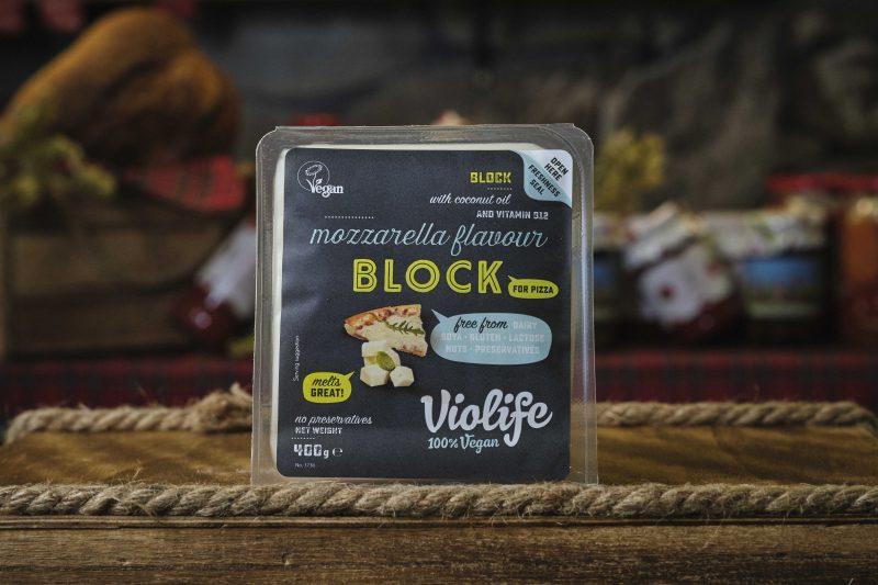 Блок за пица с вкус на моцарела Violife 400 гр. 1