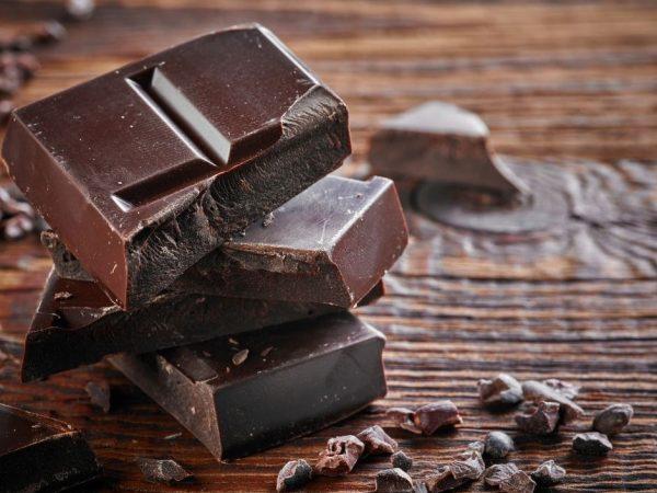 Шоколади и бисквитки